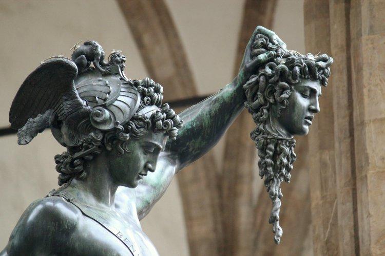 গ্রিক মিথলজি কুইজ: অলিম্পিয়ান ও টাইটানদের রাজ্যে
